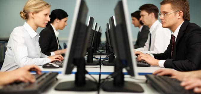 Cu doar 3 mil. euro în 2016, Bistrița pierde trenul afacerilor în IT