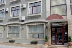 BCR a redus la 400000 euro prețul pentru Hotelul Select de lângă ștrand