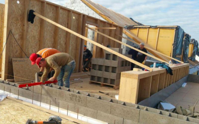 Compania Iberic Lemn din Bistrița a construit un ansamblu de case pasive în Luxemburg
