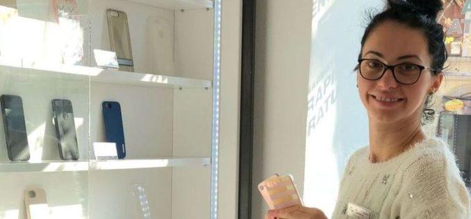Cum a schimbat PINK MOBILE piața accesoriilor de telefoane din Bistrița