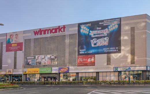 Cine va cumpăra WINMARKT? Proprietarii actuali vând în pierdere și pleacă din România