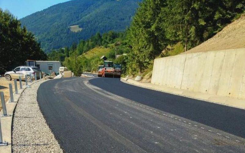 """Încep lucrările pe tronsoanele 2,3 și 4 din """"Poarta Transilvaniei"""". Constructorii își propun să termine în 9 luni, deși au termen 2 ani"""