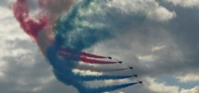 Show aviatic pe Valea Bârgăului, un eveniment dedicat Centenarului Marii Uniri