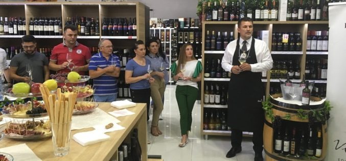 Faimoasele vinuri de PURCARI, prezentate la The Drinks Store