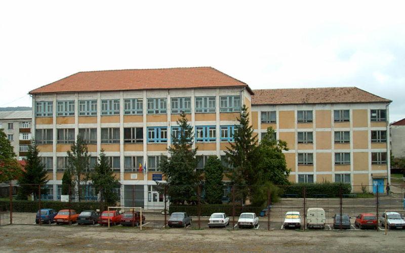 Liceul Industrial va fi reabilitat cu 5,6 milioane euro. Primăria Bistrița caută constructor!