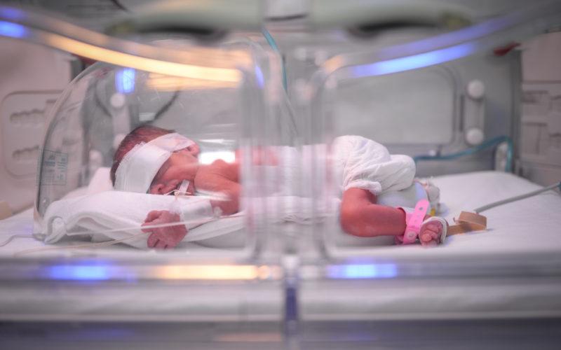 Un incubator de 18.000 de euro a ajuns la Spitalul Județean