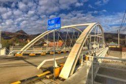 Podul unicat din Maieru, o investiție de jumătate de milion de euro, a fost inaugurat