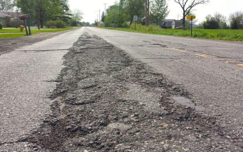MIS GRUP propune o soluție inovativă pentru tratarea asfaltului învechit și a drumurilor de pământ