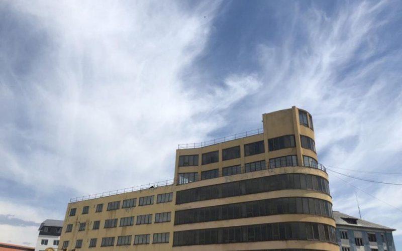 Fostul sediu Teraplast a fost scos la vânzare pentru 1 mil.euro