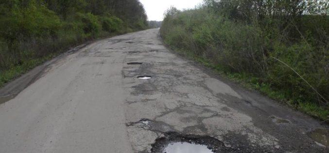 Consiliul Județean propune un credit pentru reabilitarea drumurilor îmbătrânite