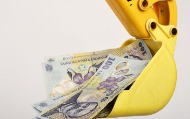 Bani nerambursabili, maximum 55000 euro, pentru comerț