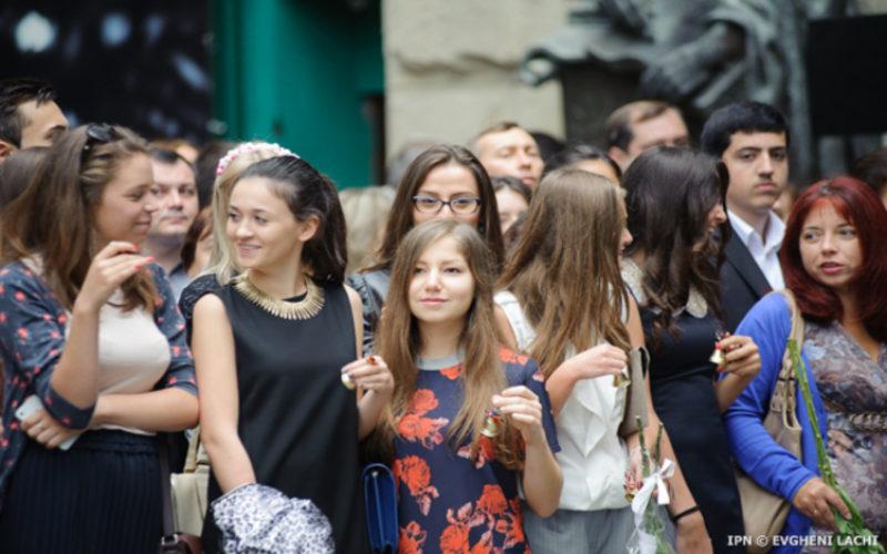 Bistrița-Năsăud pierde, anual, 2000 de tineri. Cine mai rămâne?