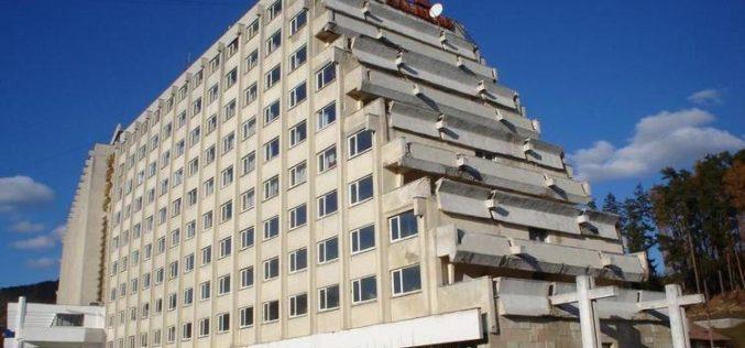 Hotelul HEBE se duce în cap, deși e deținut de un arab plin de bani și experiență