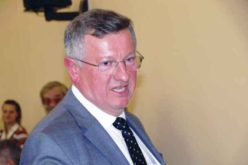 Primarul Crețu face colectare selectivă a deșeurilor, dar nu crede în ea