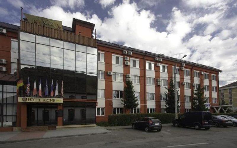 O nouă încercare de a vinde Hotel KRONE din Bistrița. Cât de jos e prețul de pornire?