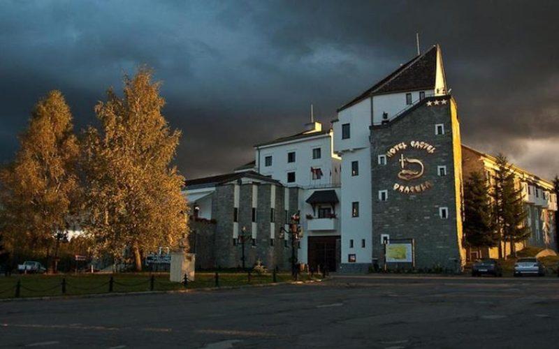 Hotelul DRACULA de la Tihuța scos la vânzare pentru 6,9 milioane euro