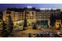 Reducere de 6,7 mil. euro la vânzarea hotelurilor Coroana de Aur, Dracula și Codrișor. Cine se bagă la negocieri?