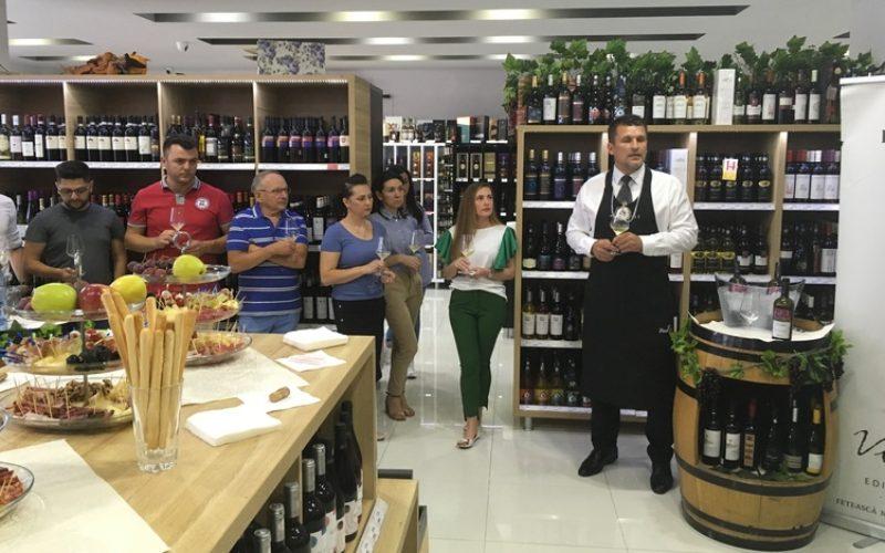Faimoasele vinuri de PURCARI, prezentate la The Drinks Store