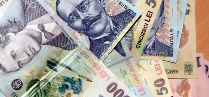 Încă două bănci românești se pregătesc să ofere credite 100% online