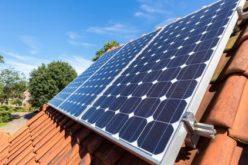 Primăriile mai pot cere finanțare pentru montarea de panouri solare pentru gospodăriile izolate