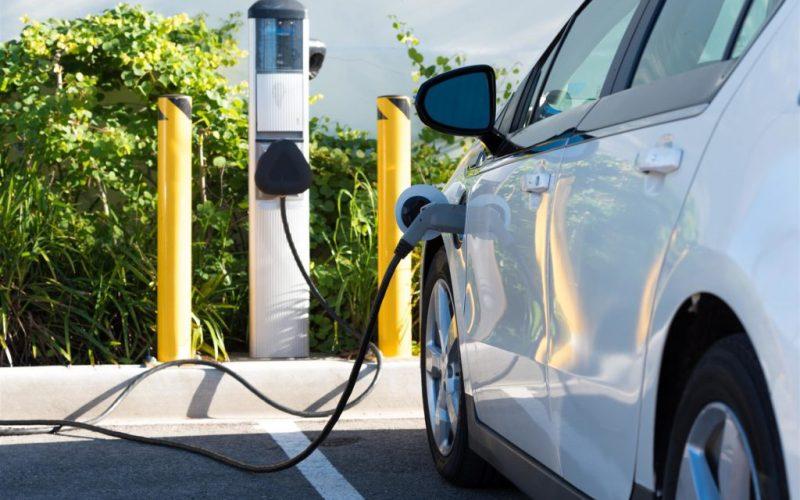 Primăria Bistrița a ales punctele unde va monta stații de încărcare pentru mașini electrice