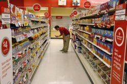 Un mare lanț de hipermarket-uri anunță plafonarea prețurilor până de Paște