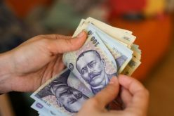 Statul plătește până la 30 % din salariu brut companiilor care angajează șomeri