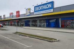 """""""Mall-urile"""" de tip Bistrița se deschid din 15 mai"""