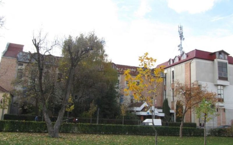 TELEKOM a scăzut cu 200.000 euro prețul pentru sediul din centrul Bistriței