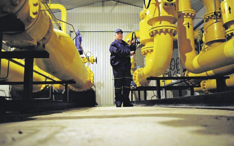 Statul ameninţă furnizorii de gaze cu controale şi taxe dacă nu reduc preţurile