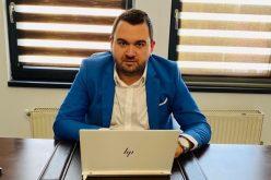 Cum a devenit un bistrițean de 27 de ani liderul consultanței pe Start-Up Nation