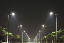 O firmă din Târgoviște se ocupă de întreținerea iluminatului public în Bistrița