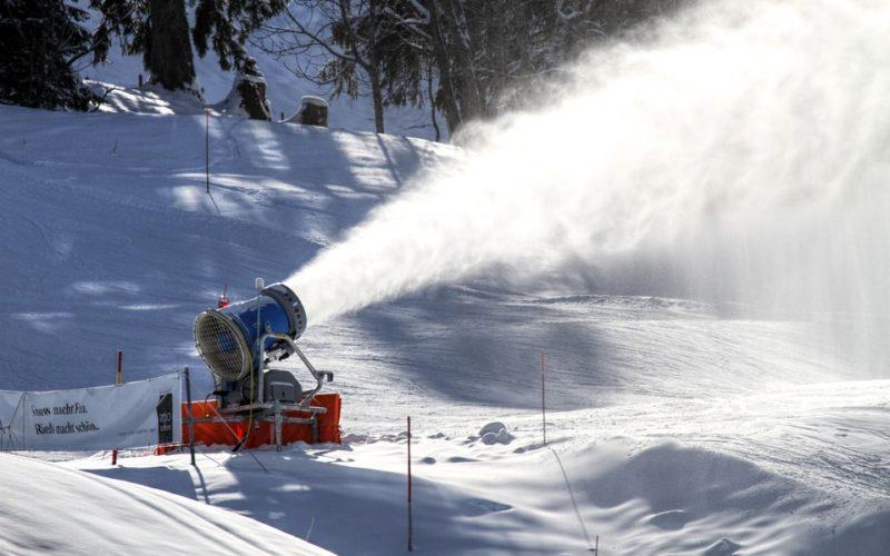 Primăria Bistrița a cumpărat încă un tun de zăpadă pentru pârtia Cocoș