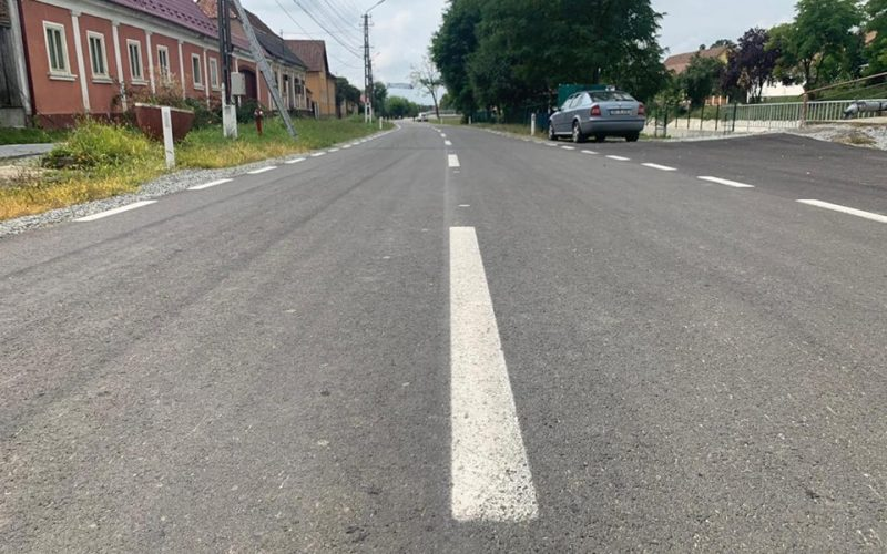 Drumuri ca-n palmă în zona Văii Budacului. De lucrări se ocupă M.I.S. Grup