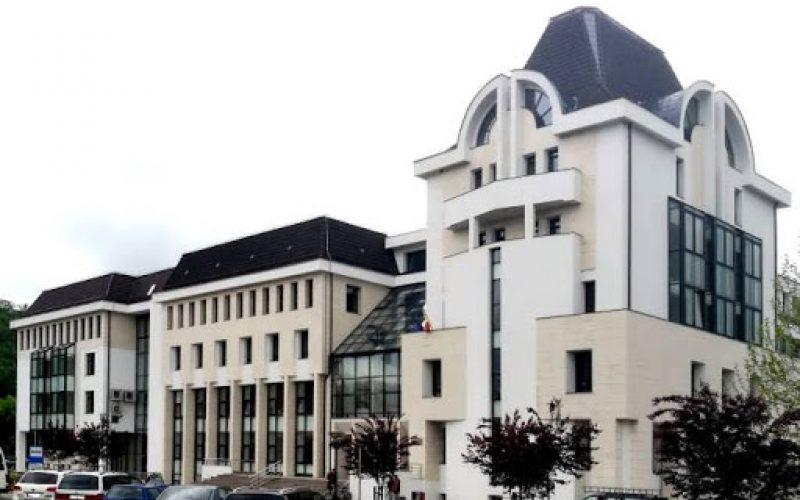 O firmă din Vâlcea va livra 53 de super-laptopuri către Tribunalul Bistrița-Năsăud