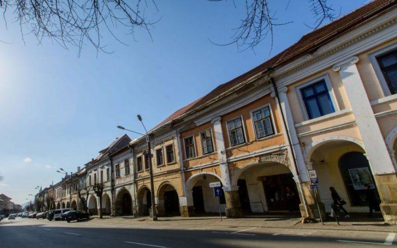 Germania finanțează o strategie de renovare energetică a clădirilor din Bistrița